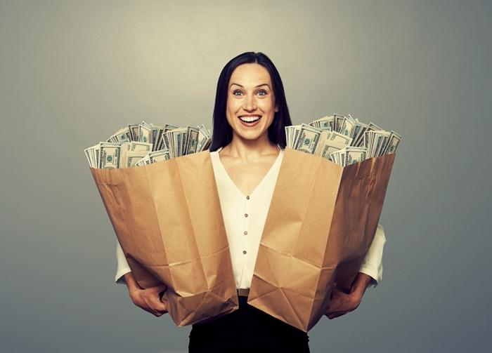 Dollarphotoclub_Bags_Full_of_Money (700x503, 295Kb)