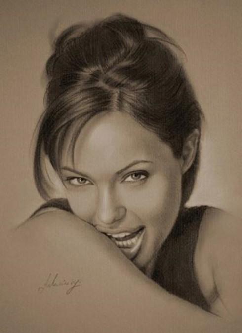 Потрясающие портреты знаменитостей, выполненные карандашом