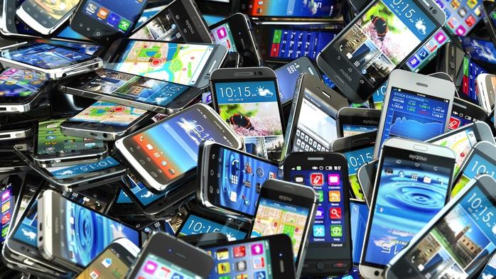 смартфоны/3085196_Smartphone_MaksymYemelyanov (700x393, 291Kb)