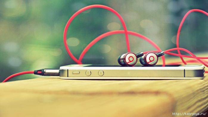 4886516-iphone-5s-muzyka (700x393, 187Kb)