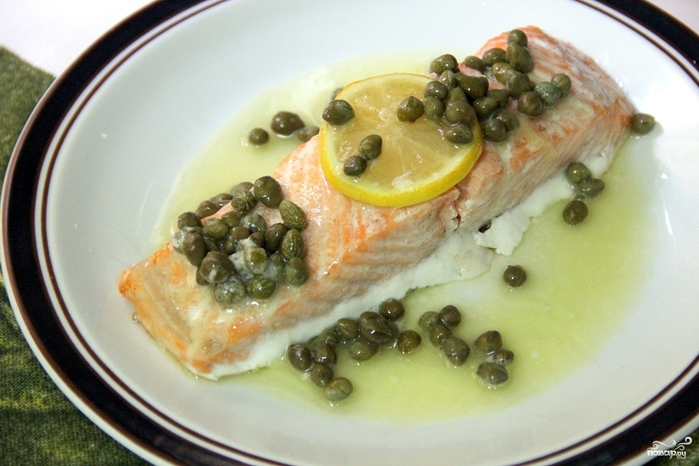 Рецепты из лосося/5281519_zapechennii_losos_pod_sousom232328 (700x466, 231Kb)