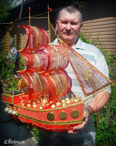 Кораблик из гофрированной бумаги мастер класс