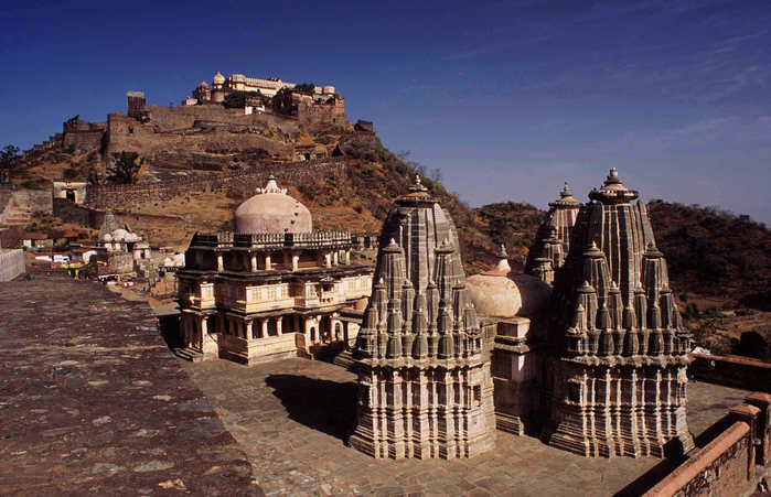 Kumbhalgarh Fort 2 (700x451, 394Kb)