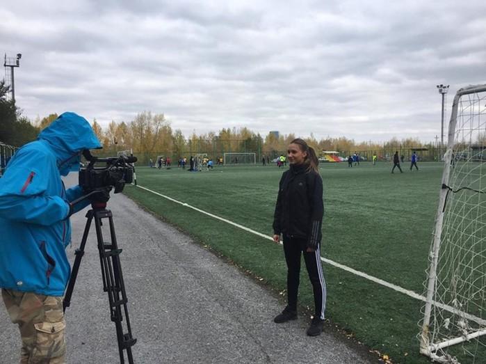 ФОТО: Самая красивая женщина судья в российском футболе