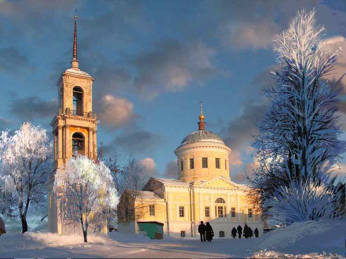 2. Церковь Ильи Пророка (700x525, 394Kb)