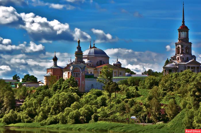 4.  Новоторжский Борисоглебский монастырь. (700x463, 523Kb)