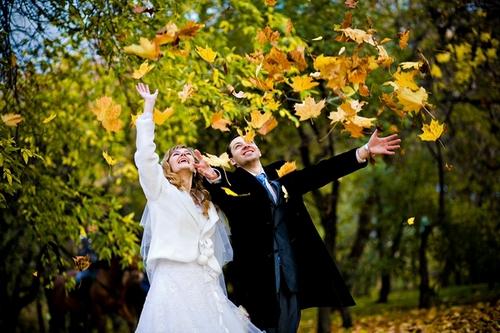 Осень – чудесная пора для свадеб.