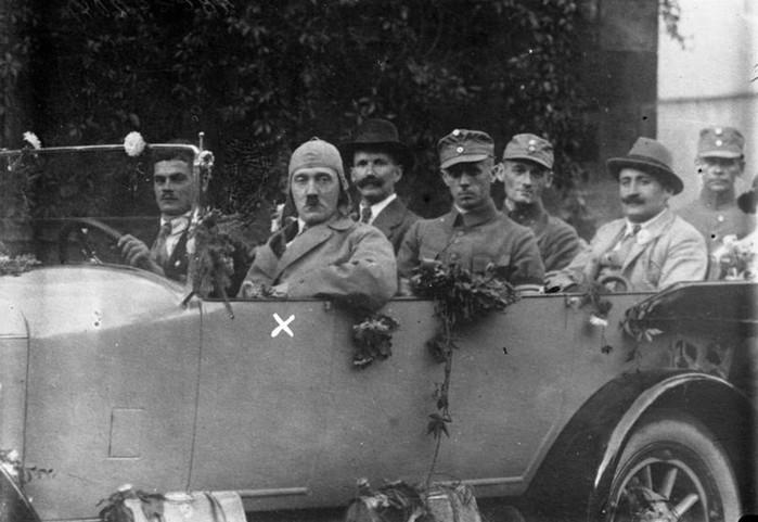 О том, как Гитлер нарушал правила дорожного движения