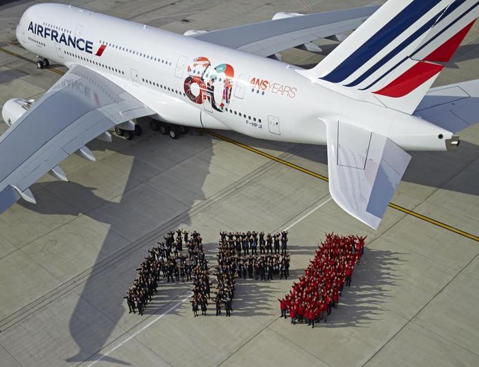 4527609_Airbus_A380_Air_France_80_ans_jpg_2666068 (700x537, 58Kb)