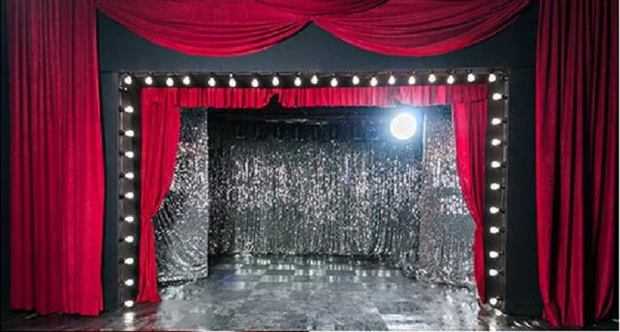 3906024_teatr (700x375, 470Kb)