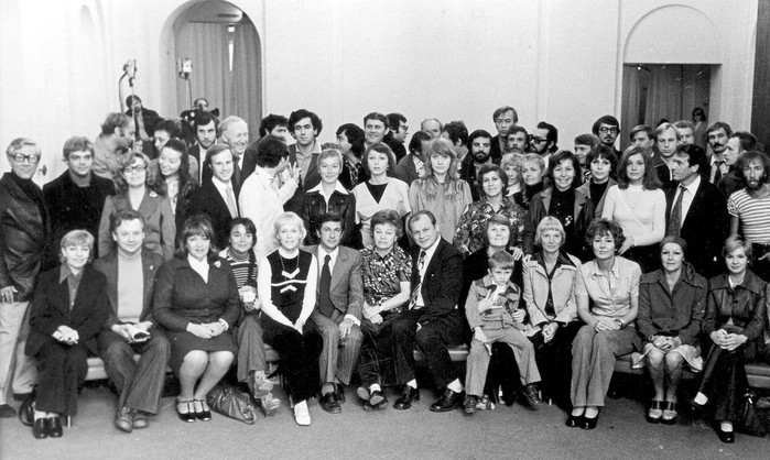 театр современник 1975 (700x418, 99Kb)