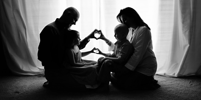 family[1] (700x349, 103Kb)