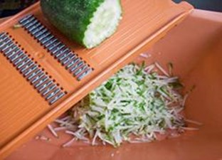 Рецепт острой окрошки: летний вкусный рецепт