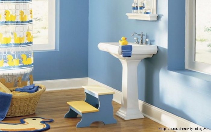 12071-10-cute-ideas-of-kids-bathroom-interior-decor-picture-and-wallpapers_1440x900 (700x439, 171Kb)