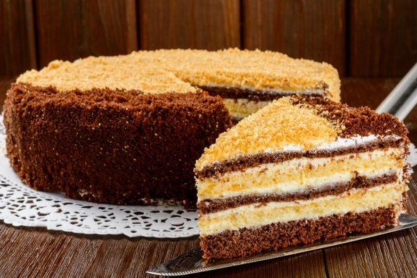 prostoj-domashnij-tort-na-skoruyu-ruku (600x400, 269Kb)