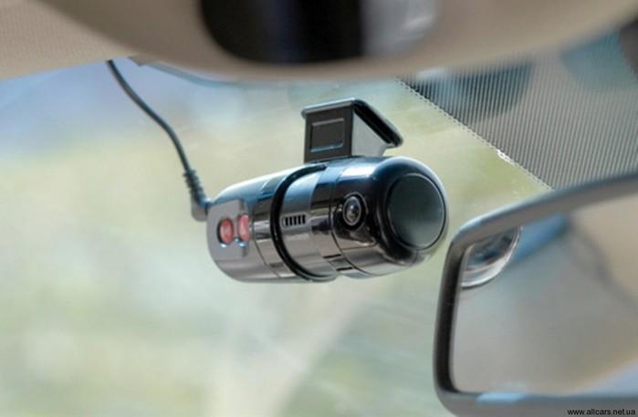 Зачем нужен видеорегистратор? Автомобильные приборы