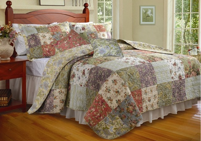Blooming-Prairie-5-piece-King-size-Cotton-Quilt-Set-Blooming-Prairie-5piece-Kingsize-Cotton-Quilt-Set-L12319847b (650x457, 104Kb)