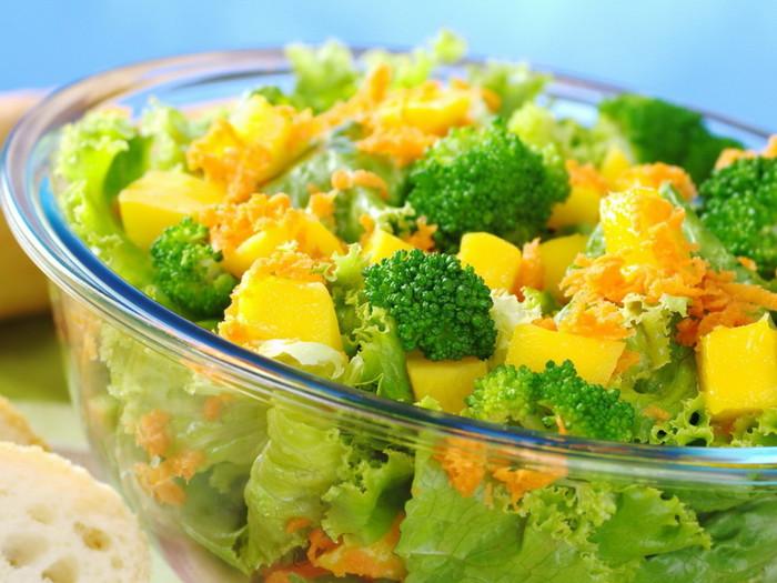 6029120_Food_Differring_meal_Salad_032502_ (700x525, 107Kb)