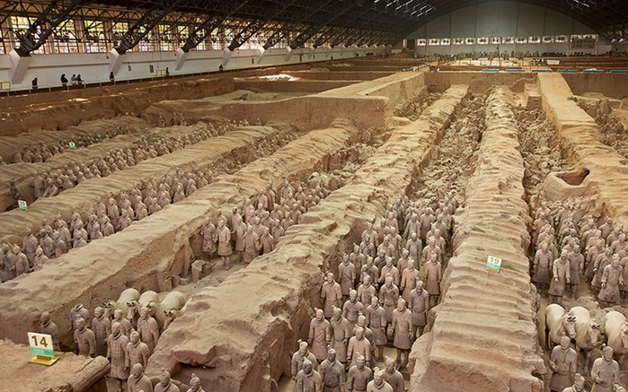 Захороненная терракотовая армия императора Шихуанди