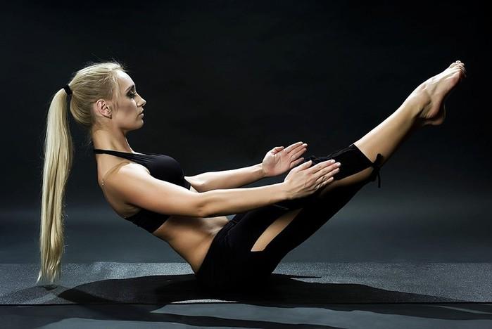 Йога или пилатес: специалисты на видео рассказали, что лучше