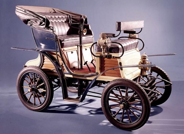 Фото: Самые первые автомобили в истории крупнейших брендов