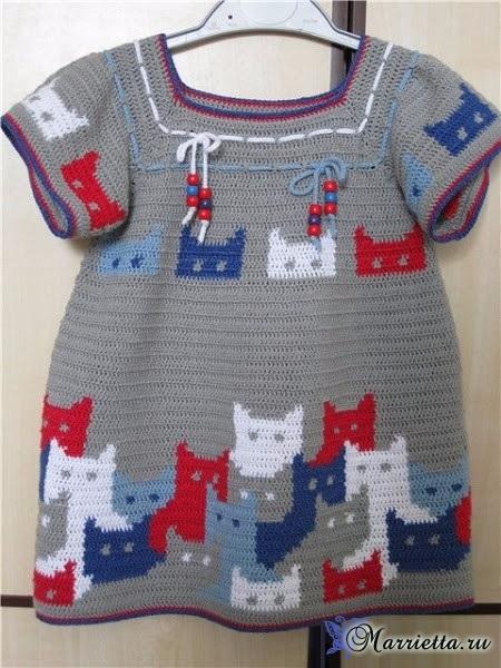 Крючком. Платье с кошечками для девочки (3) (450x600, 276Kb)