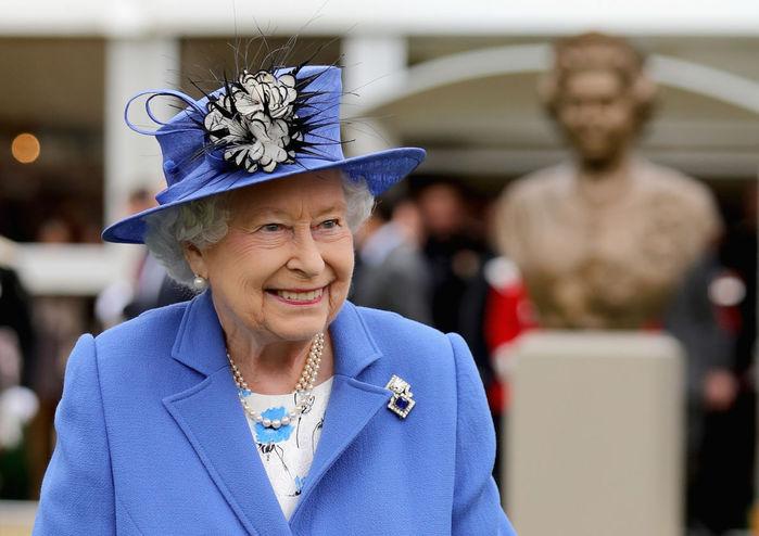 Borowitz-Queen-Elizabeth-1200 (700x494, 57Kb)
