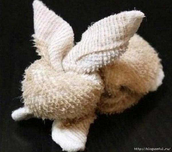 зайчик из махрового полотенца