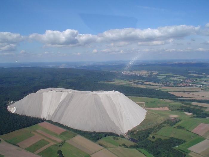 соляная гора Монте Кали 3 (700x525, 282Kb)