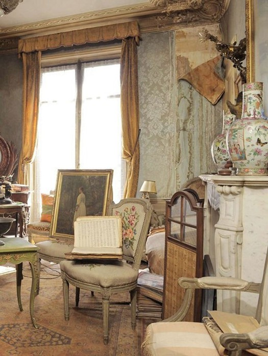 В Париже обнаружена квартира с ценными картинами, которая была закрыта 70 лет