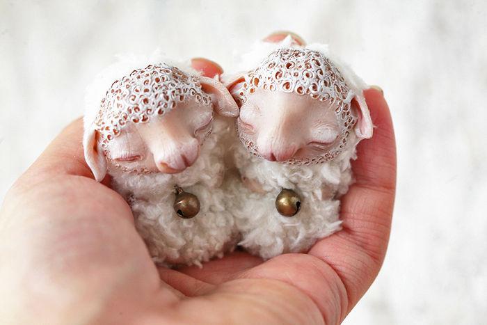 i-create-super-cute-and-creepy-dolls-42-58047d49f29ab__700 (700x467, 54Kb)