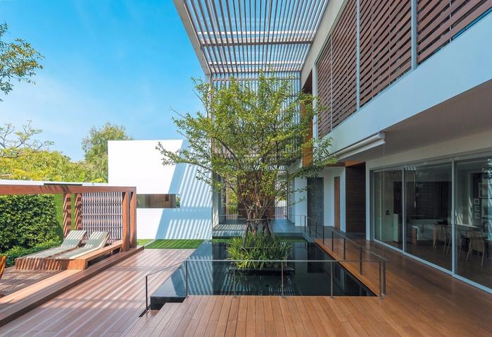 красивый дом с садом 4 (700x478, 422Kb)