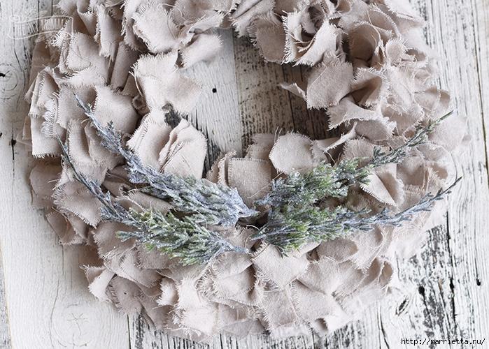 Шикарный рождественский венок в стиле шебби шик (7) (700x500, 374Kb)