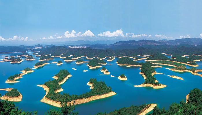 4. Озеро тысячи островов (700x401, 300Kb)