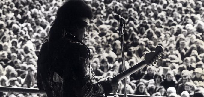 Hendrix1-DW-Kultur-jpg (680x325, 45Kb)
