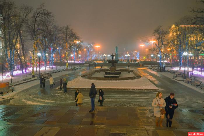 Пущкинская площадь (700x466, 380Kb)