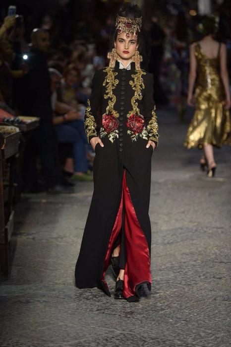 новая коллекция от кутюр Dolce & Gabbana 9 (466x700, 286Kb)