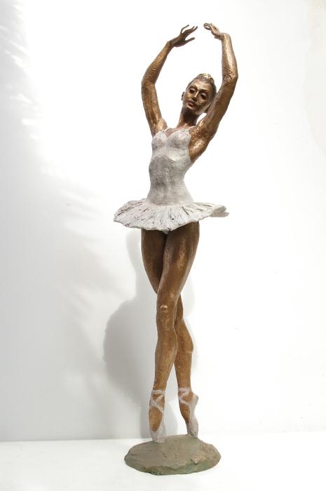 48-Ballerina-classica-a-cod.150-cm-85-x-23-x-20-anno-2004- (465x700, 156Kb)