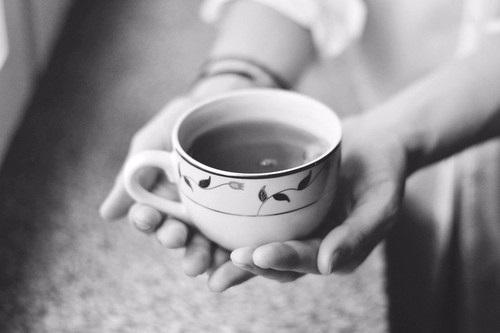 Ариша Сергеева.чай jpg (500x333, 57Kb)