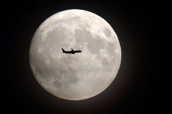 луна1 (700x465, 154Kb)