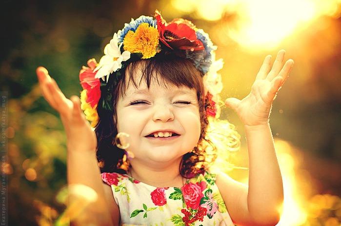 6108242_deti_radost_detstvo_17 (700x463, 87Kb)