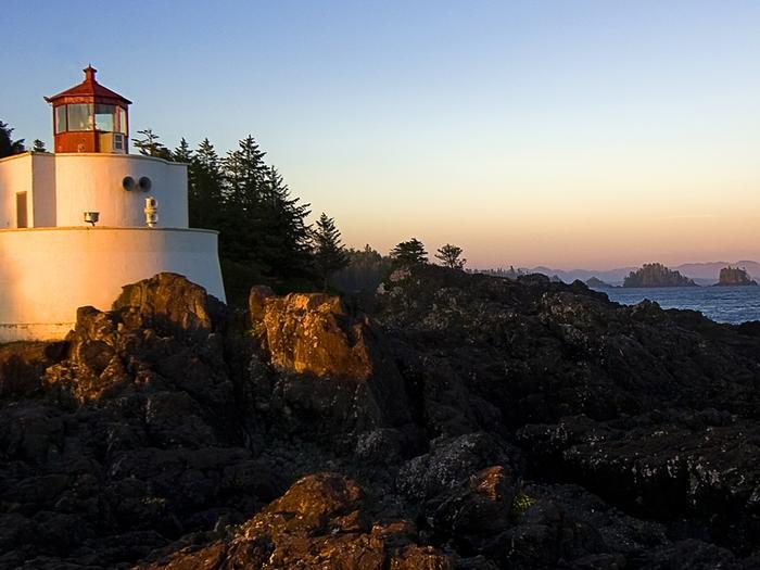 Lighthouse (700x525, 255Kb)