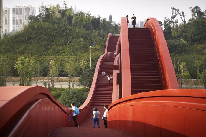 необычный мост в китае Lucky Knot 2 (700x467, 345Kb)