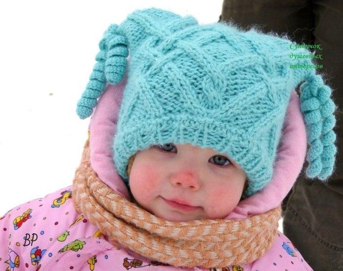 Озорная шапочка для маленькой модницы