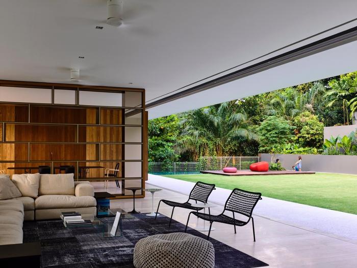 красивый современный дом фото 3 (700x525, 377Kb)