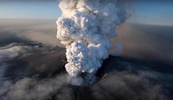 Йеллоустонский вулкан фото 5 (700x405, 208Kb)