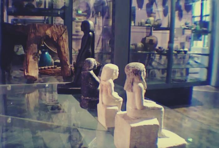 Стрёмное Видео   Проклятие фараонов и вращающаяся статуэтка в музее Осириса
