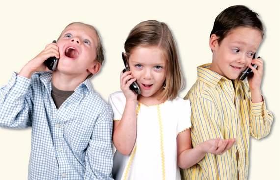 Мобильный телефон и ребенок. А надо ли (1) (570x366, 163Kb)