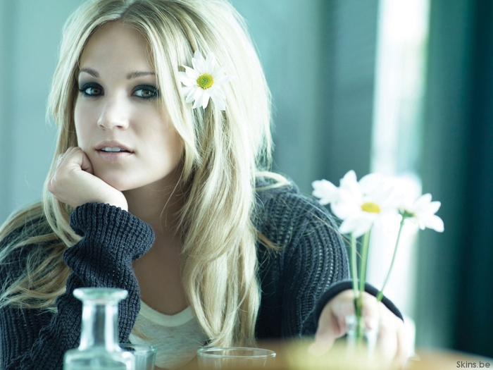 6128354_carrieunderwood1024x76836608 (700x525, 111Kb)
