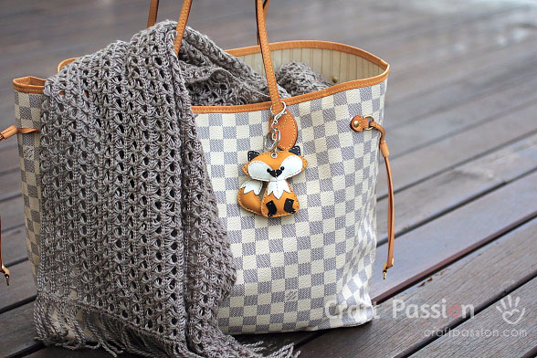 fox-leather-bag-charm (588x392, 275Kb)